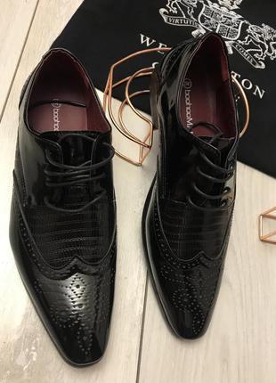 Новые мужские туфли bochooman {41р}