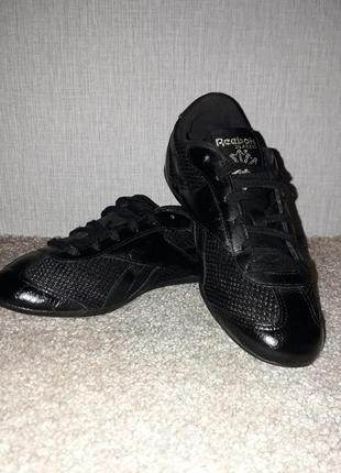Летние женские кроссовки reebok classic. кожа, 36 р. 23 см.