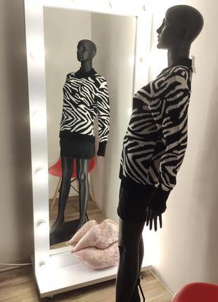Нереальный актуальный свитер зебра 🦓