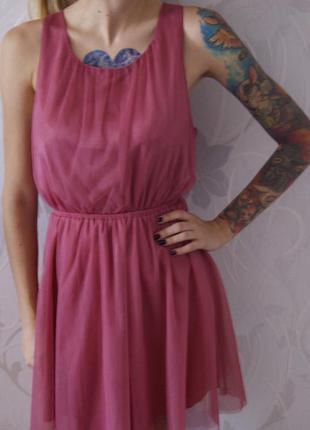 Розовое платье принцесски
