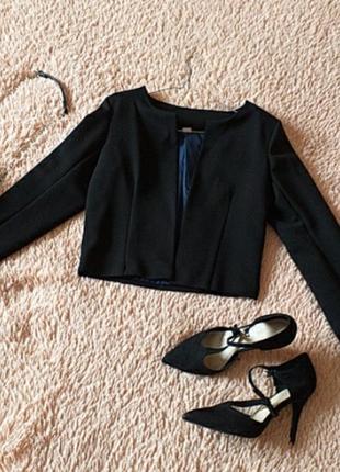 Укороченый пиджак/ болеро