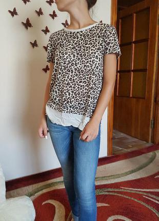 Крута футболка stradivarius