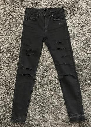 Джинсы джинси штани штаны bershka с прорезами з прорізами