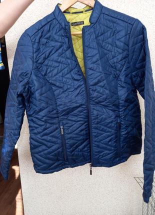 Курточка пиджак фирменная стеганная