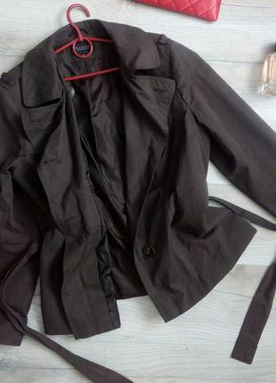 Шоколадний півплащик легка куртка великий розмір