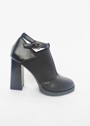 Туфли  новые польша  размеры 36- 37 и 39-40