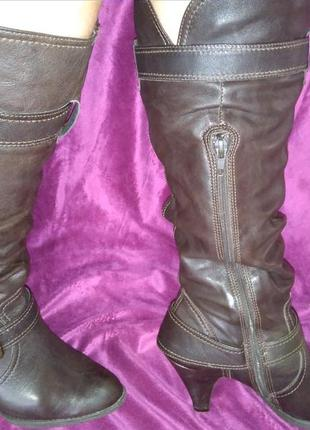 Фирменные кожаный деми сапоги clarks