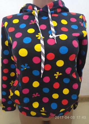 Шикарный свитерок, свитшот. р 50  распродажа