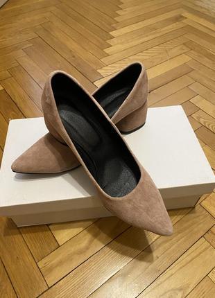 Туфли замш на широком каблуке