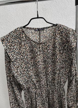Стильное яркое платье платьишко в принт zara