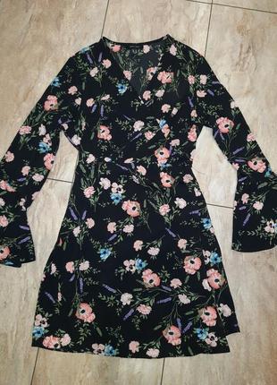 Платье-халат в цветочный принт с запахом