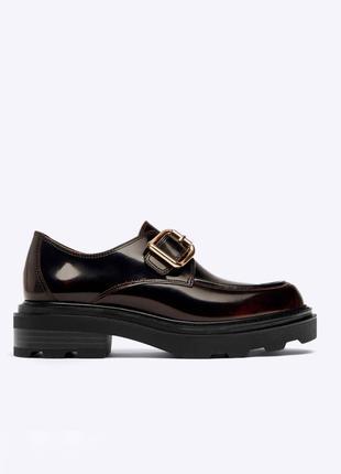 Кожаные лоферы туфли от uterque оригинал новые
