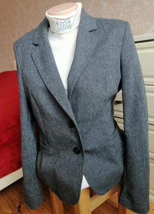 Стильный, мегаякісний, фірмовий піджак