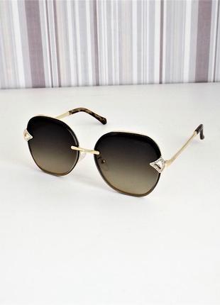 Очки солнцезащитные женские bvlg 20211 коричневые с золотом.