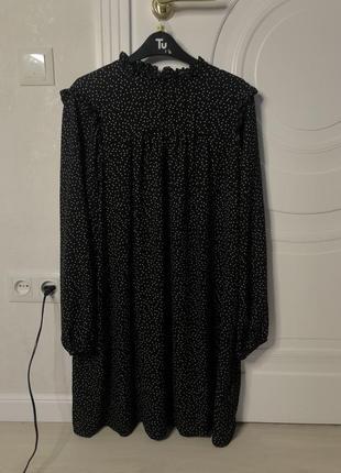 Платье в горошек, свободного кроя. размер указан на бирке