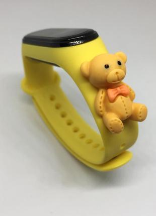 Силиконовый ремешок mi band 3 mi band 4 мишка тедди жёлтый