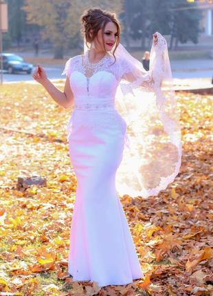 Свадебные платья с длинным шлейфом сзади