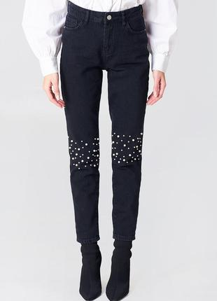 Качественные классические черные джинсы мом na-kd