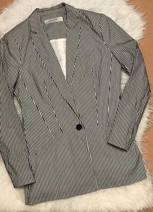 Приталенный пиджак в полоску zara