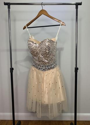 Платье на выпускной/ вечер