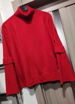 Стильний светр гольф з красивими рукавами великого розміру