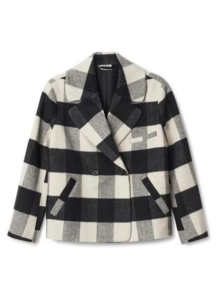 Красивое укороченной пальто в крупную клетку, полупальто оверсайз mtwtfss weekday
