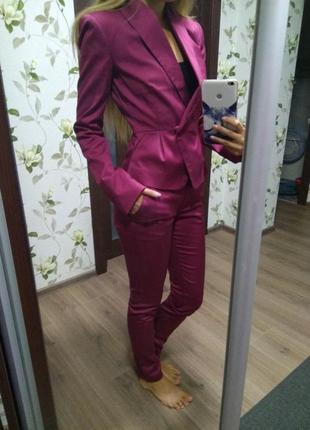 Брючный костюм пиджак+штаны размер хс 6 34 цвет бордо(марсала)