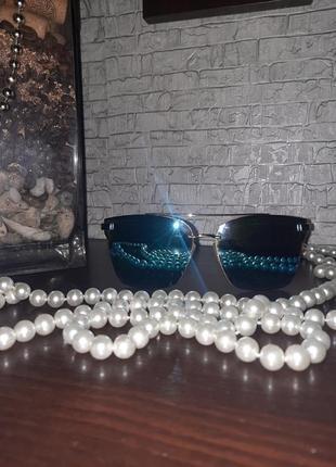 Синие солнцезащитные очки oversized