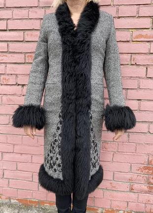 Пальто karen millen с вышивкой и мехом ламы