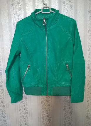 Курточка,ветровка,бомбер, р xs-s,яркая,яркий зеленый!