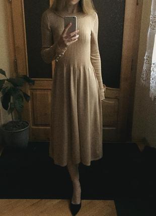 Бежевое длинное платье в рубчик от asos размер м-l (12)  хлопок сукня міді в рубчик