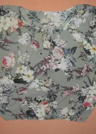 Легкая  блузка в принт цветы