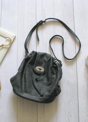 Фактурная сумка мешочек с длинной ручкой