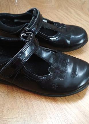 Кожаные туфли туфельки, туфлі clarks 25-26р