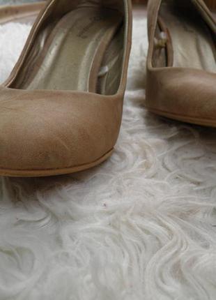 Туфли бежевые на низком каблуке2