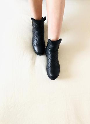 Красивые кожаные ботинки, полуботинки, сапоги, сапожки, сникерсы.4 фото