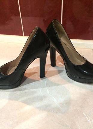 Лаковые туфли на высоком каблуке (чёрный )