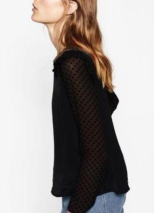 Красивая полупрозрачная шифоновая блуза с кружевом