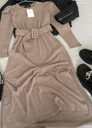 Песочное платье длины макси, bershka, подчеркивает линию талии, рукав фонарик, новое! ☀️