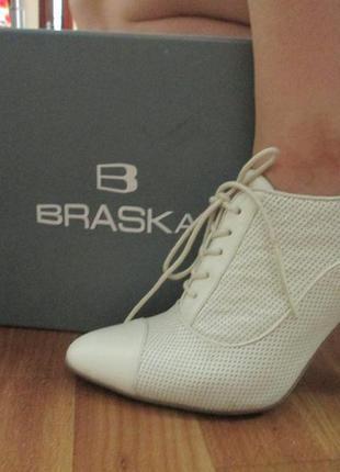 Осенние ботинки braska