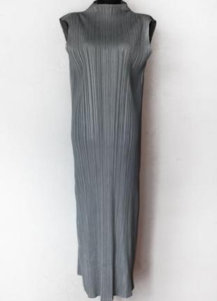 Платье плиссированное  в стиле issey miyake