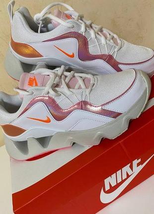 Оригинальные кроссовки nike, новые