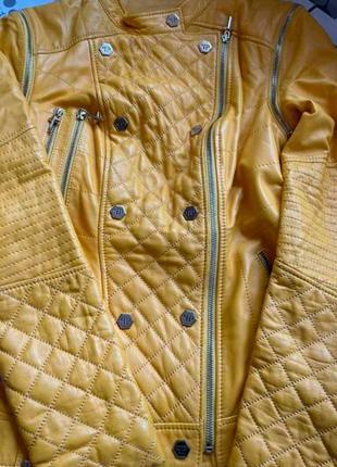 Красивенная куртка  косуха!!!