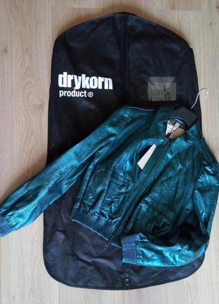 Стильная кожаная куртка burberry для девушки, пр-во италия
