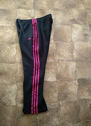 Спортивные штаны фирмы adidas .арт: g81163.оригинал.s-ка40/42..