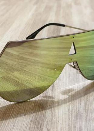 Очки окуляри темные черные солнце солнцезащитные стильные трендовые новые