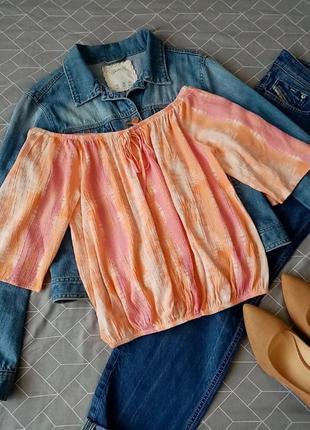 Блуза с опущеными плечами