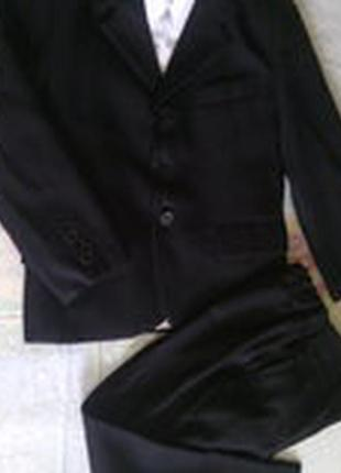 Школьный классический костюм