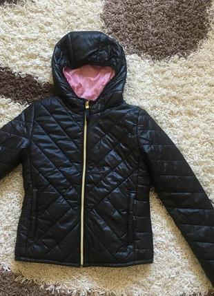 Оригінальна куртка bershka