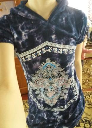 Платьеце- туника с капюшоном в идеале